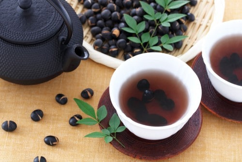 Lose weight with black bean tea